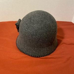 Nordstrom 100% wool hat, made in Italy